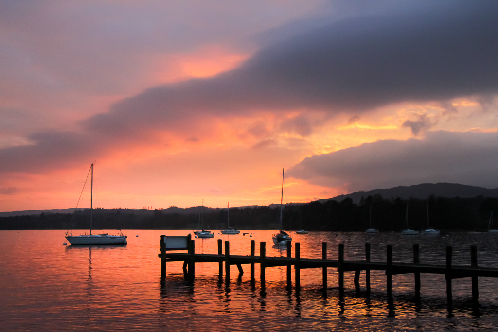 Windermere Sunset from Waterhead Copyright Stuart Wickes